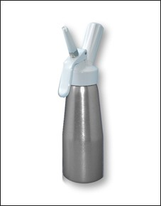 Silver body, white top, 0.50 liter (Pint) Capacity Whipper